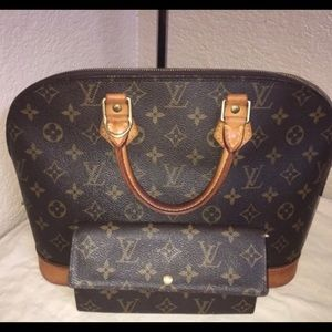 Louis Vuitton purse and matching wallet
